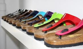 Birkenstock sandals and FitFlops are both available in an almost unlimited number of colours, designs and materials.